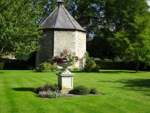 Liitle Ponton Hall Listed Dovecote